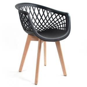 Cadeira Web Preta com Braço Base Wood Empório Tiffany